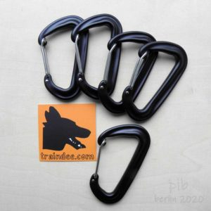 traindee® aluminium carabiner black 5pcs bundle for dog leash, dog sports, outdoor and running with company card